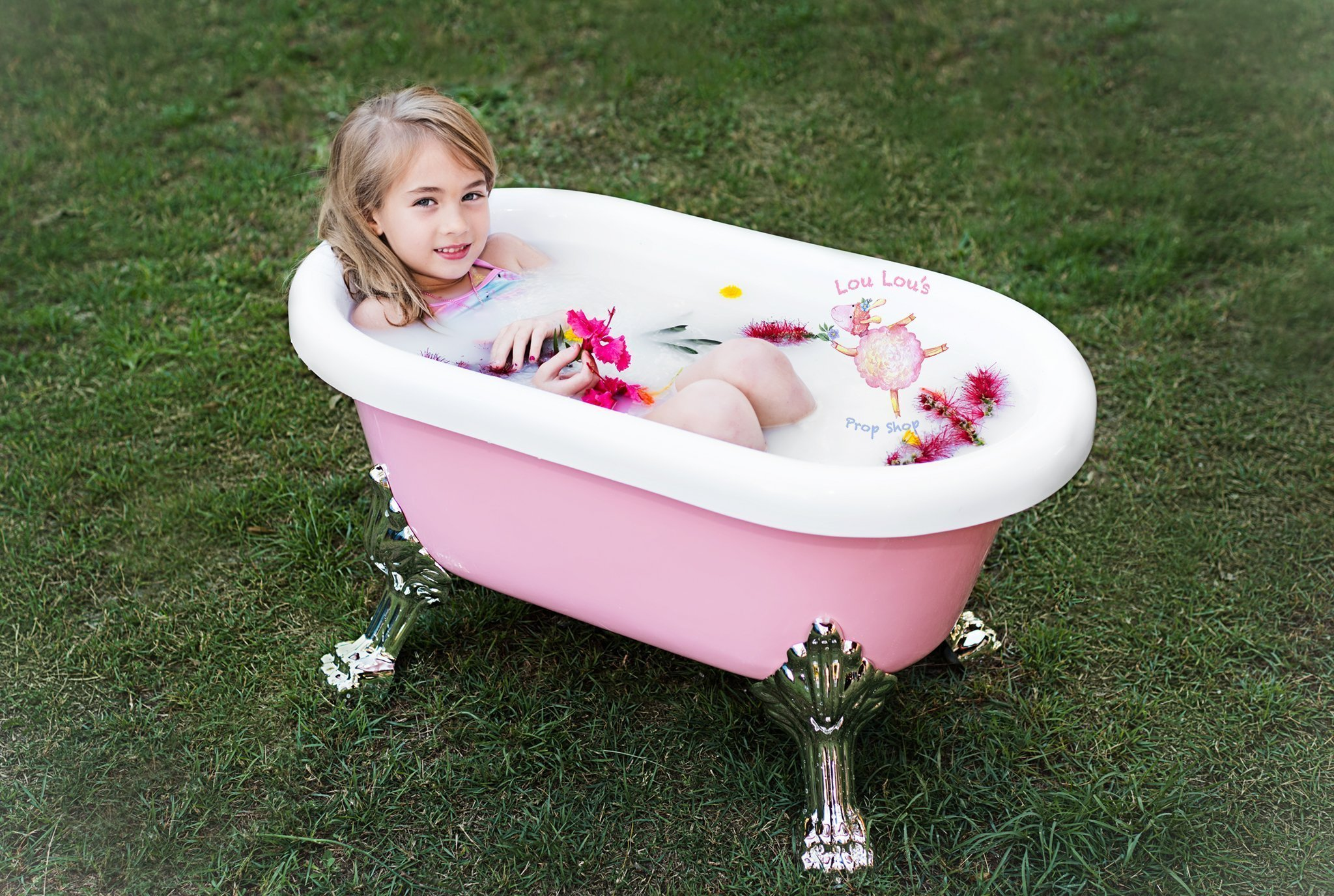 Large Mini Bathtubs - Lou Lou\'s Prop Shop